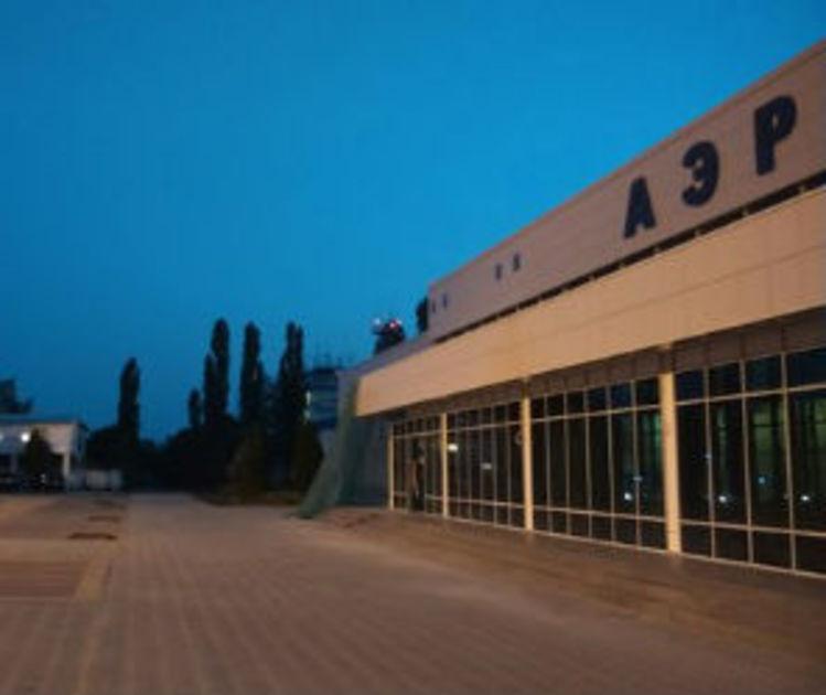 В ремонте Воронежского аэропорта незаконно вовлек иностранных рабочих