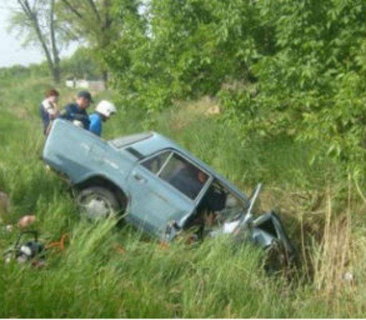 Пьяный 18-летний житель Воронежа ночью угнал два автомобиля, чтобы взять для двигателя девочек