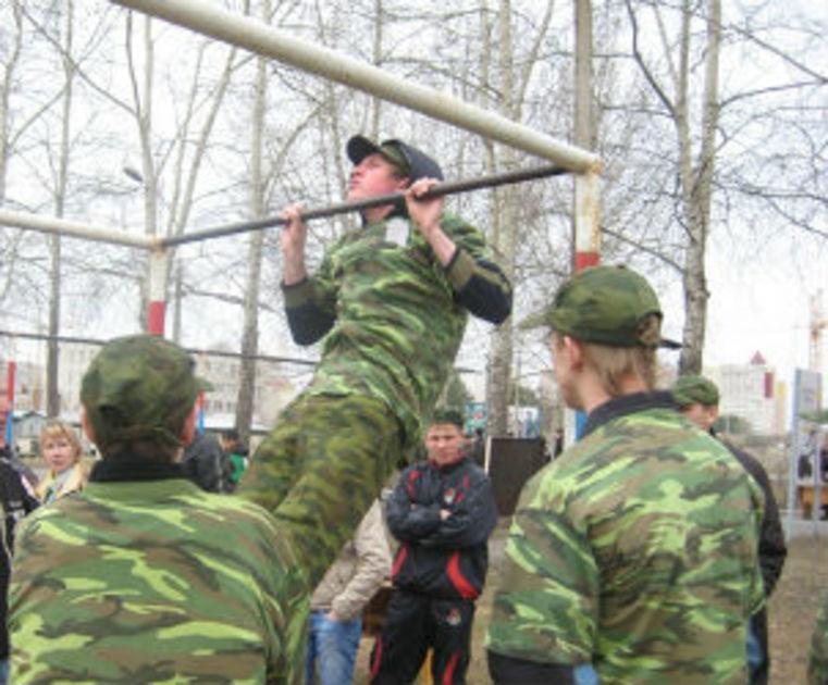 В 50% школ области Kashirsky нет никаких условий для начальной военной подготовки,