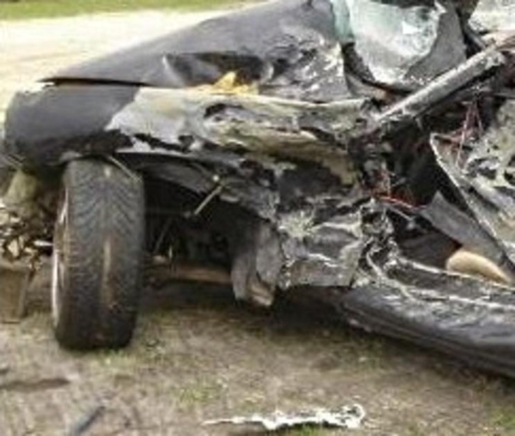 В Воронежском регионе парень украл иностранный автомобиль и сломал на нем до смерти